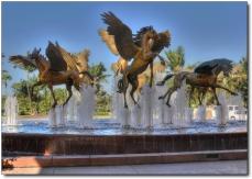 front-gate-of-atlantis-paradise-island-bahamas