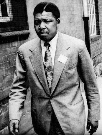Nelson-Mandela-42yo