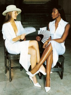 Kate Moss and Naomi Campell 2