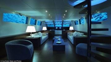 Submarine photo 2